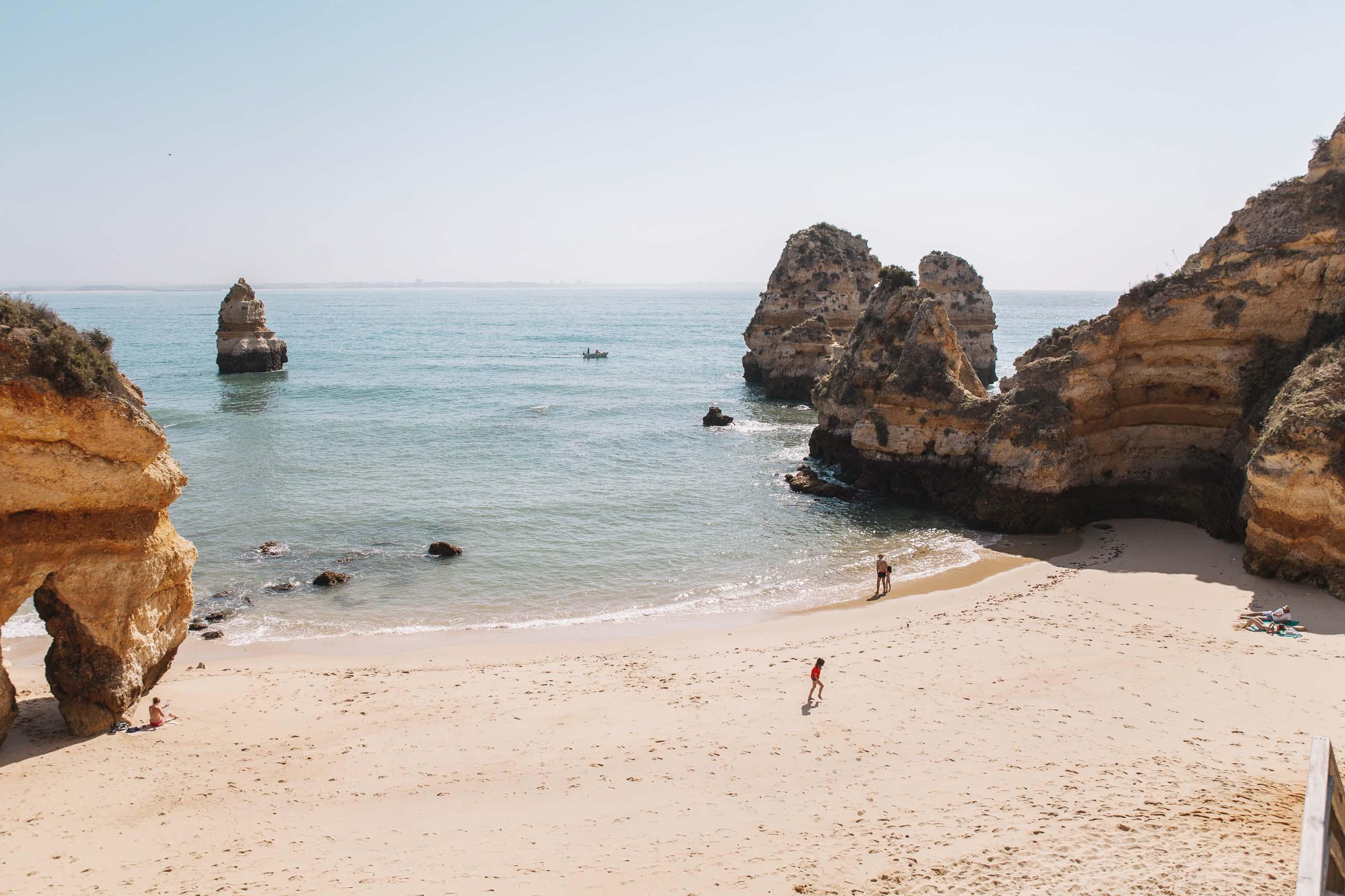Playa de Camilo. 15 imprescindibles para descubrir el Algarve