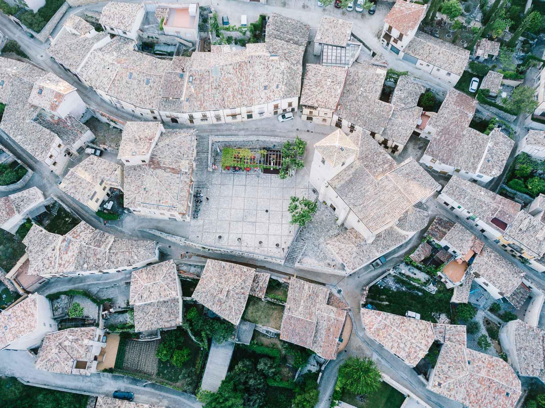 Place_du_Port_05