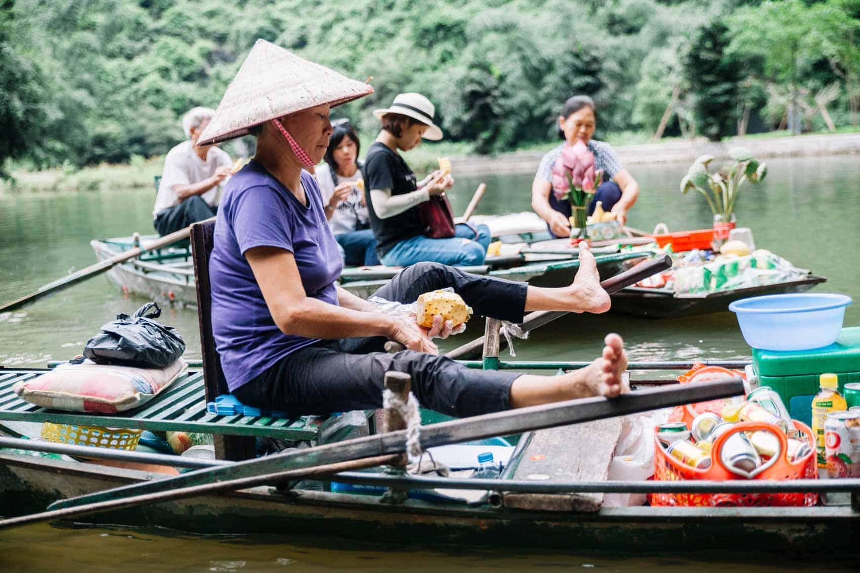 Tam-Coc_Vietnam_1