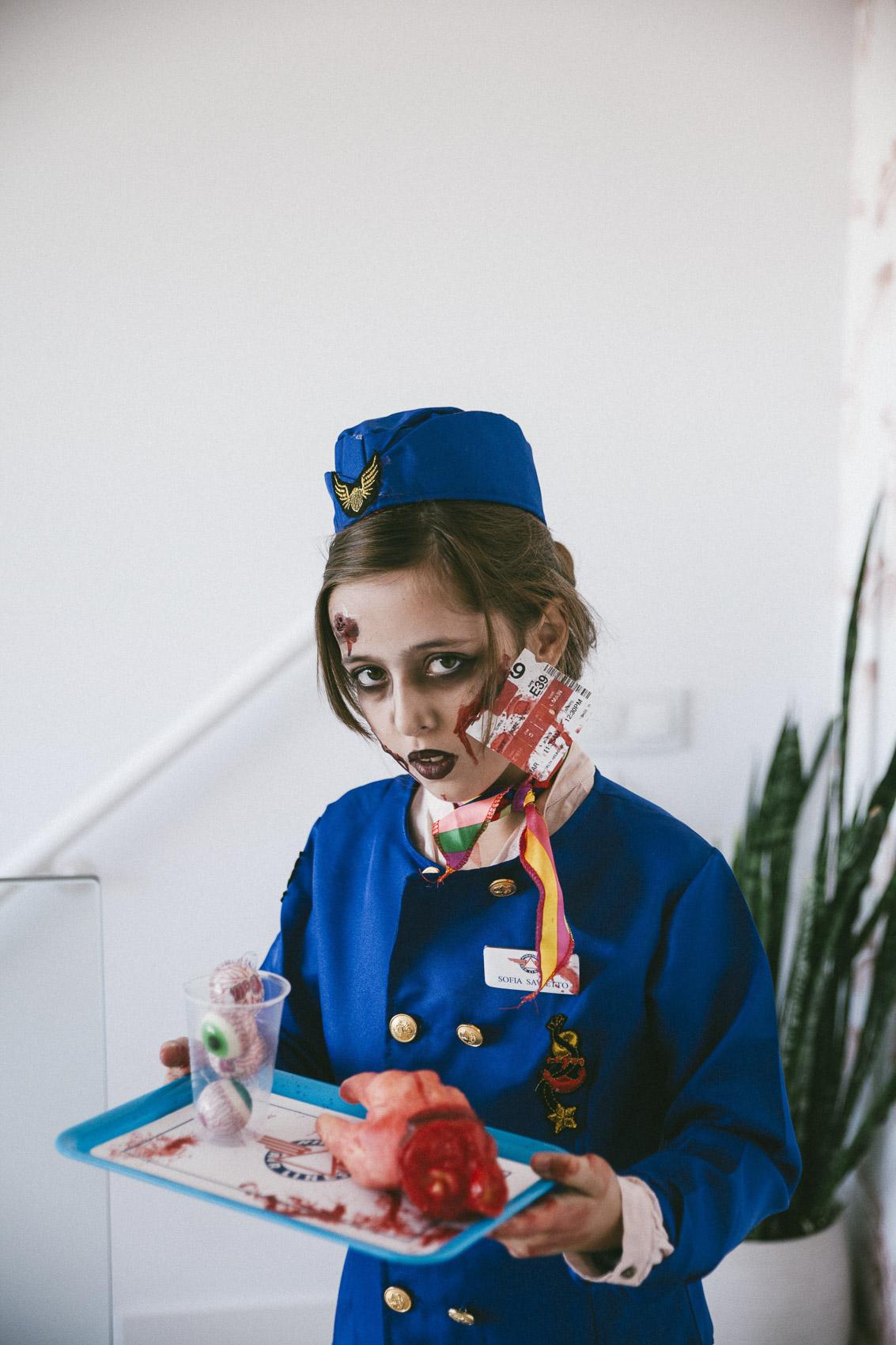 Halloween: Disfraz de azafata zombie