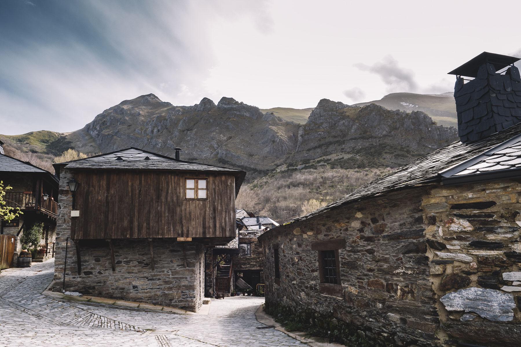 Peñalba De Santiago - pueblo bonito de España
